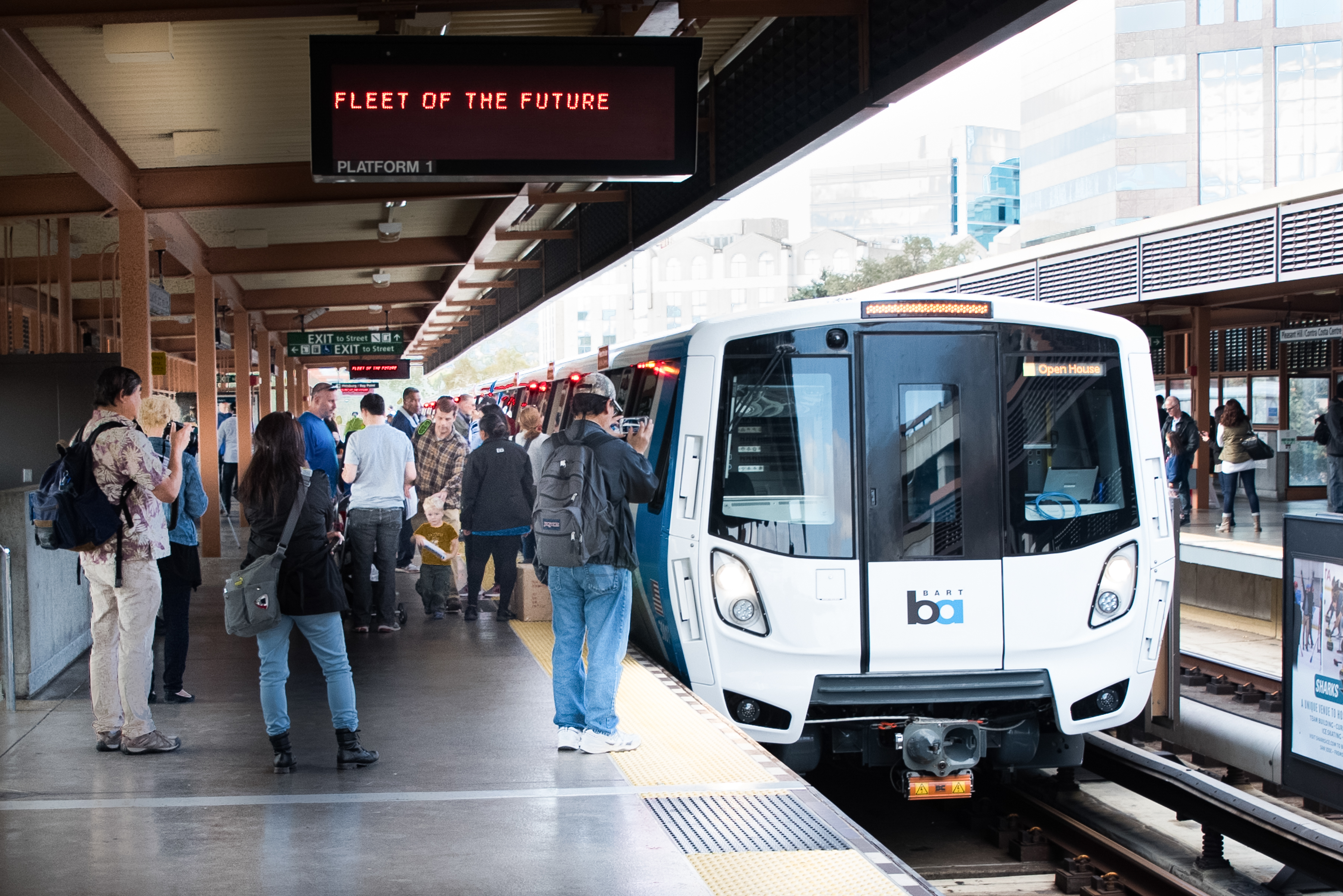 Thousands Attend Tours Of Fleet Of The Future Trains