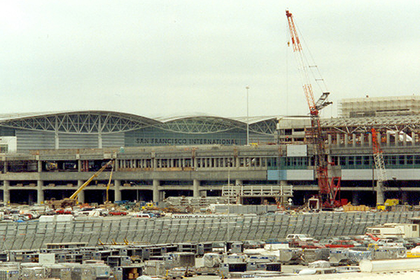 BART Station Walls go up, July 2000