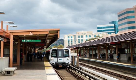 Pleasant Hill / Contra Costa Centre Station